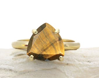 SUMMER SALE - Tiger eye ring,gold stacking ring,gemstone ring,tiger ring,gold stone ring,vintage ring,triangle ring