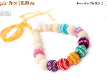 Christmas Sale Mom and Baby Nursing Necklace / Teething Necklace for mom to wear - Summer Bright mix