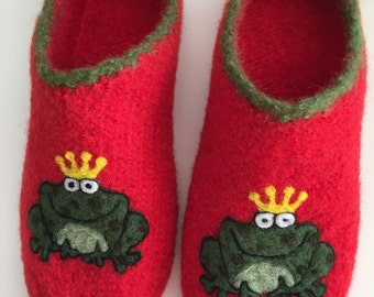 "Clogs ""Frog King"""