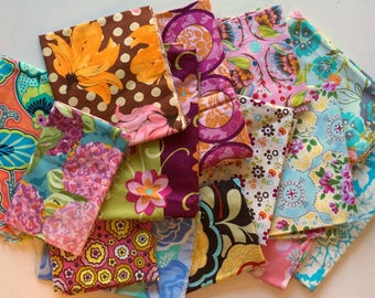 Quilting Scrap Fabric Pack -  Quilter's Cotton - Flowers Floral Collection, Quilts