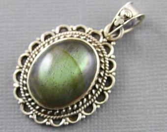 Blue Labradorite Pendant, 925 sterling silver pendant, Silver Pendant, Pendant for Necklace, Blue Labradorite, Artisan Pendant, (SP-7030)