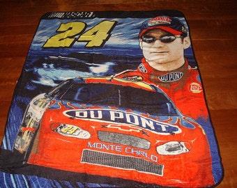 Nascar Jeff Gordon #24 DuPont Race Car Plush Blanket / Lap Blanket NOS