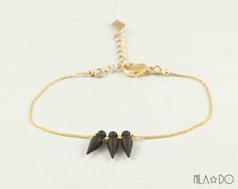 Spike bracelet, gold and black || Geometric and minimalist modern bracelet