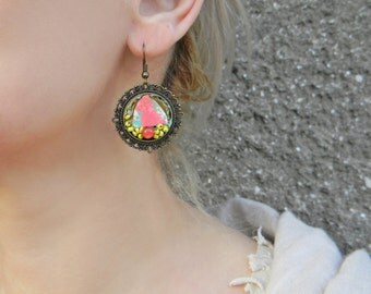 Round cabochon earrings Hand painted Paper earrings with beads Circle dangle earrings Filigree earrings Contemporary abstract earrings