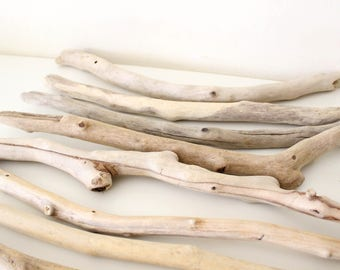 "8 Driftwood Pieces -- Bulk Driftwood Bundle -- Natural Beach Wood Finds -- Straight Drift Wood from 41 cm to 51 cm (16.1"" to 20.1"")"