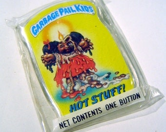 Vintage 1980s Garbage Pail Kids HOT STUFF! Oozy Suzy Pin / Button