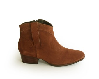 Womens boots, Cowboy boots, Sale, Boho boots, Brown suede boots, Brown low Heel Boots, Cowgirl, Booties women, Ankle boots, Boho Booties