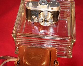 Robot 11 German Camera Beautiful