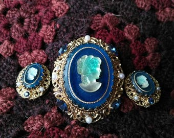 Cameo blue brooch earring set estate antique