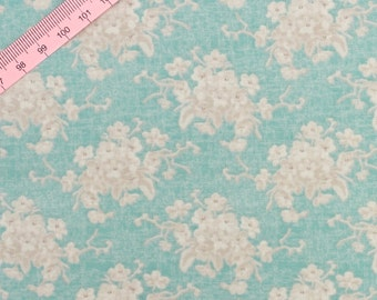 "Tilda White Flower Teal Fabric  / ""Country Escape"" Quilt Collection - Fat Quarter / 50 cm x 55 cm"