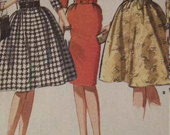 Vintage McCalls 6566 Sewing Pattern Size 12 Bust 32 Dress with Slim or Full Skirt