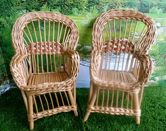 Marching Pair of Vintage WICKER DOLL CHAIRS,  11 inches/27cm high - for all 10-12 in dolls like Barbie, Blythe, Cisette,Effanbee
