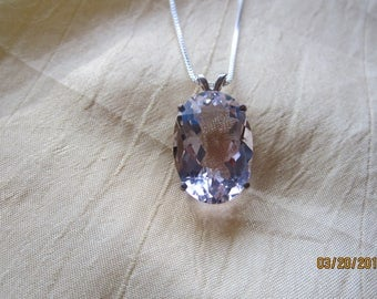 Bright and Beautiful Faux Kunzite Oval Pendant