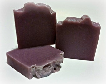Lavender Homemade Soap  Artisan Soap / Cold Process Soap / All Natural Soap
