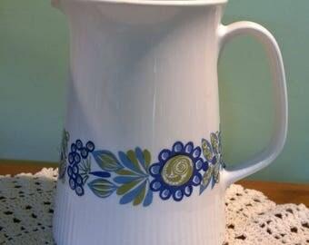 Figgjo Flint 'Tor Viking' Turi Design pircher water jug tall blue flowers Norway retro Scandi