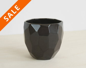 Black ceramic cup handmade in polygons - facetted design Poligon Cup - bright color tableware - squared tableware - fresh - Cobalt blue