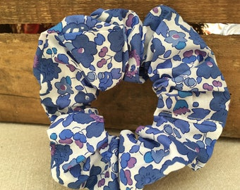 Hair scrunchie with Liberty fabric