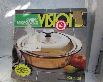VINTAGE Visions 1-1/2 Quart Covered Round Casserole.  NOS. Box Opened But Casserole Never Used.  V-32