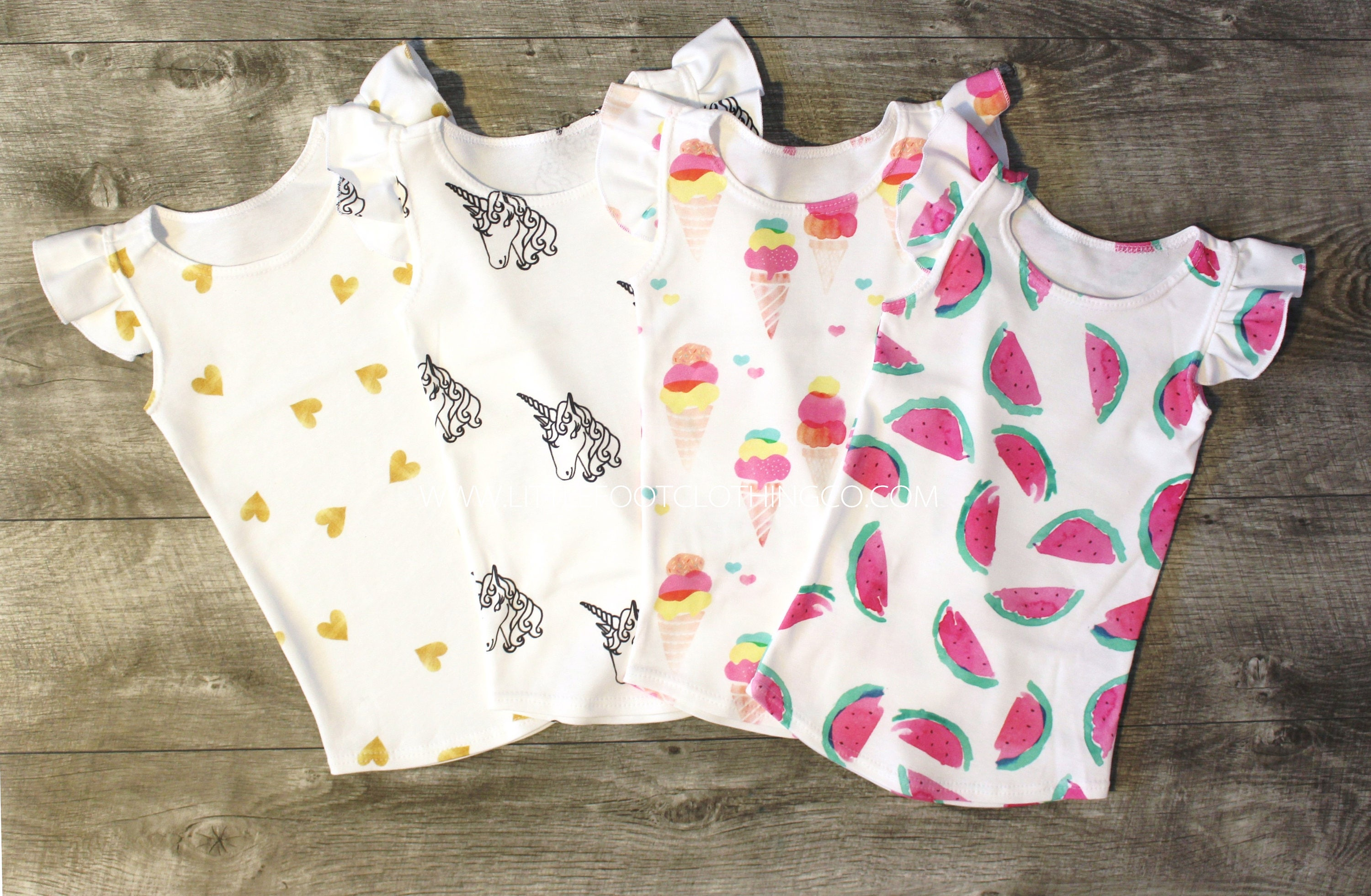 Organic Baby Clothes for Girls. Your little lady will look pretty and feel great in Organic Baby Girl Clothes from Kohl's! Our selection of Organic Baby Clothes for Girls is sourced responsibly and is durable, comfortable and stylish.