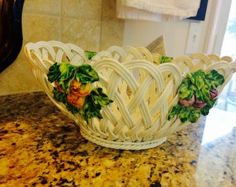 Vintage large capodimonte clay basket. Made in italy. Majolica