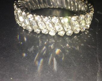 DES PARCO vintage signed amazing rhinestone stretch bracelet, bridal rhinestones, glitzy, glamour, stretch bracelet EPSTEAM -- 360