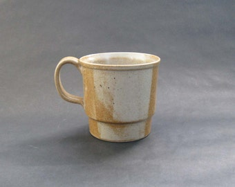 Nancy Patterson Lamb Iron Mountain White Top Stoneware Grand Mug - Iron Mountain Pottery, Tennessee 1970s HTF