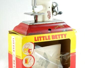 Vintage children's toy sewing machine Little Betty
