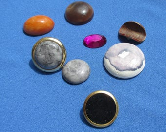 Lot Of Retro Loose Cabochons Single Odd Earring Button Rolled Cinco Centavos Coin 1960