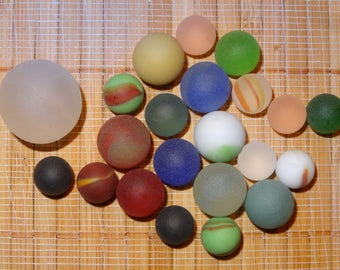 Lot of 22 Beach Glass-LIke Vintage Marbles / Frosted Marbles / Craft Marbles / Glass Marbles / Toy Marbles / Game Marbles / Lot #248