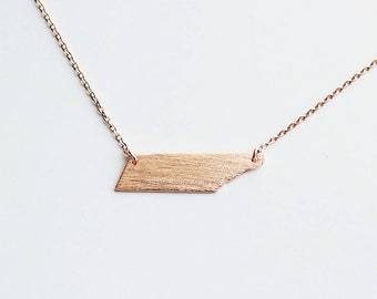 Tennessee State Necklace in Rose Gold, TN state gold necklace,  Tennessee state bar necklace, graduation gift, tennessee graduation