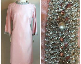 Vintage 60's pale Pink Silk Mod Sheath Dress 6