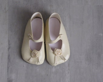 Vintage Cream Baby Girl Dressy Shoes