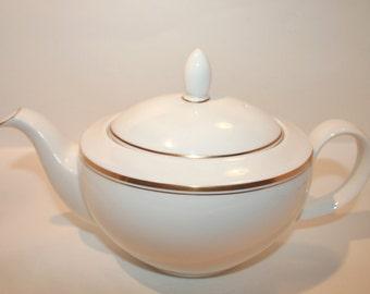 Royal Doulton Oxford Gold Teapot, Vintage Royal Doulton, Oxford Gold China, Royal Doulton Teapot, China, English China, NEVER USED