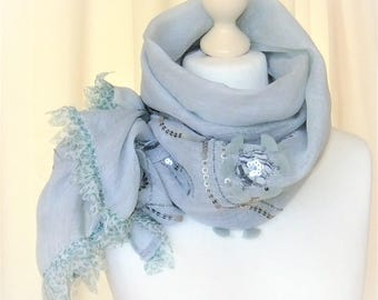 Cloth scarf embroidered linen light blue Leinenschal