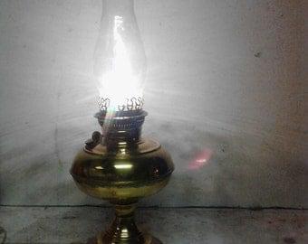 Rayo brass lamp
