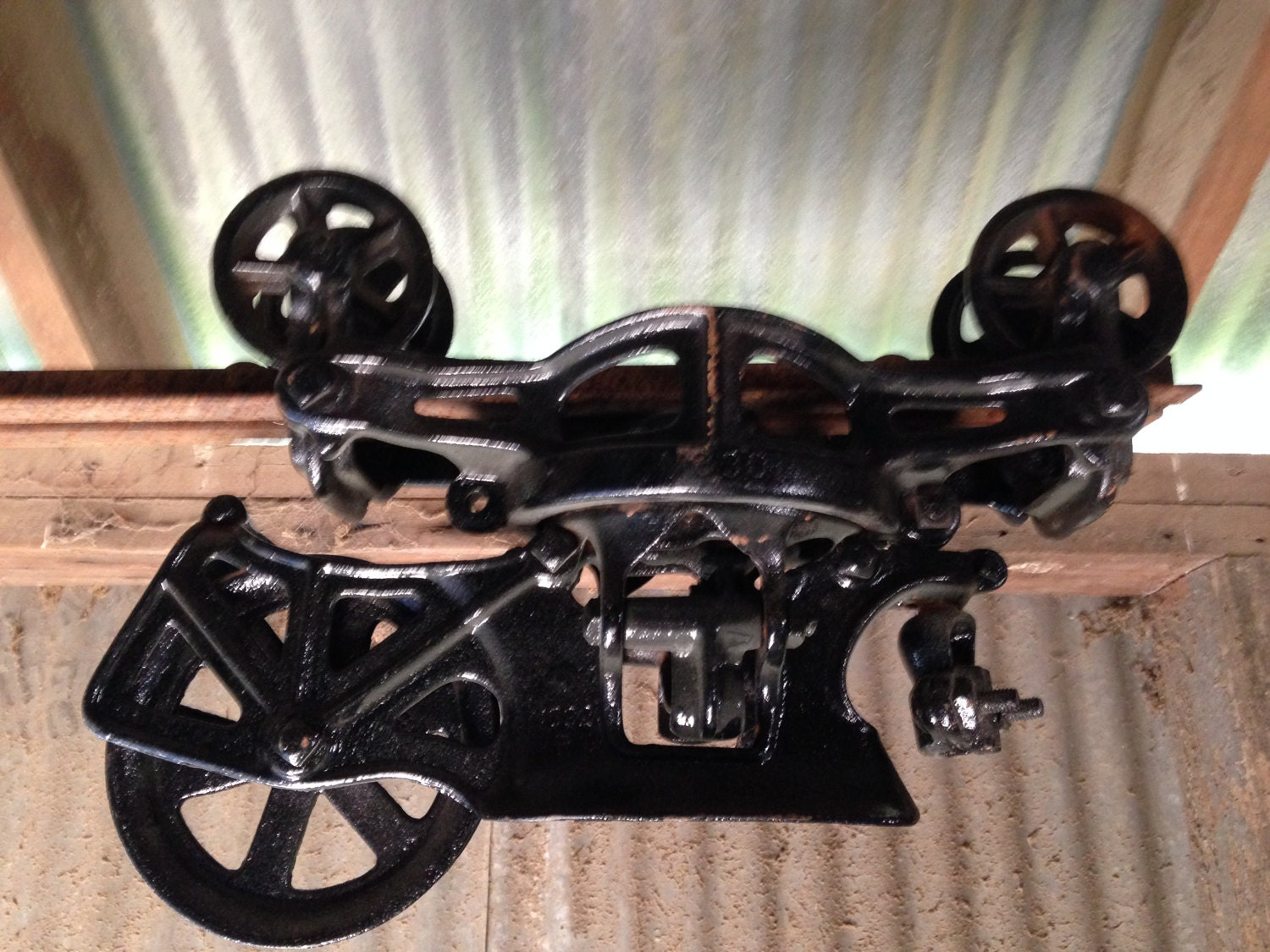 Cast Iron Antique Hay Trolley Barn hoist pulley carrier Repainted ...