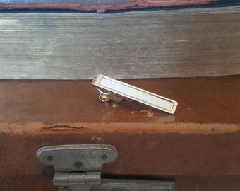 Vintage Pearlised Lucite Tie Clip/Bar