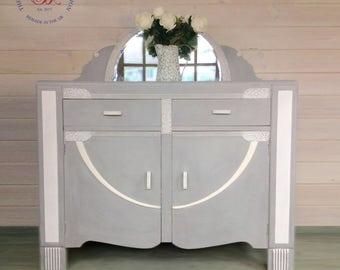 Vintage dresser/sideboard cupboard