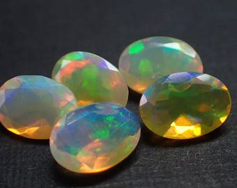 5 Opal gemstones from Ethiopia - 2.4ct / appx. 7x5mm (397)