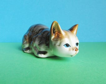 Vintage Cat Figurine/Ornament. Pouncing Cat, Crouching Cat. Cat lady Gift. Cat Collector.