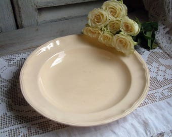 Antique french creamware round shallow serving dish Pale yellow platter. Antique ironstone French creamware. Jeanne d'Arc living. Gustavian