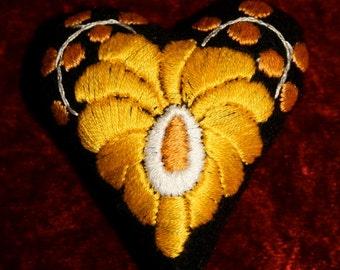 Matyo Heart Yellow Pincushion
