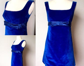 Sweet True vintage 1960's Mod Twiggy Dress in Blue Velvet