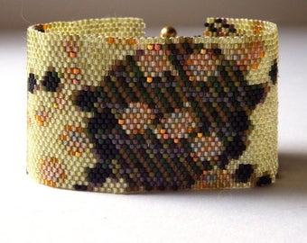 Geometric Peyote Cuff Bracelet, Circles Beadwoven Bracelet, Seed Beads Cuff Bracelet