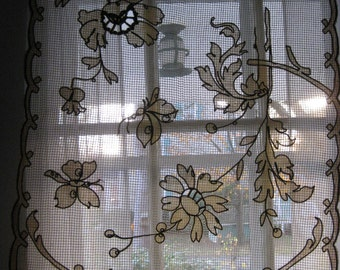 VTG VICTORIAN Ivory Off White Brown LACE Mesh Embroidered  Fabric Curtain Dresser Scarf