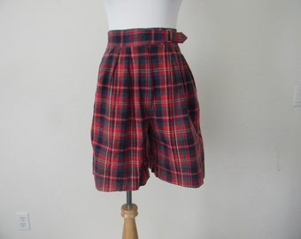FREE usa SHIPPING Women's 1980s  vintage high waist plaid shorts retro hipster school girl red cotton size 8