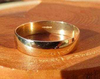 Wedding ring, vintage 9K yellow gold.