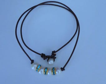 Handmade Leather Necklace, Freshwater Pearl Necklace,Pearl Choker,Blue Necklace,Leather Choker,Brown Leather Cord