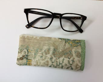 Eyeglasses case + Donation to Springs Rescue Mission