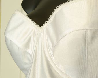 Satiny White size 42B Strapless Bustier 80s 90s Empire Intimates label